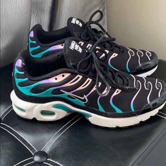 Nike Shoes   Air Max Plus Boys Grade